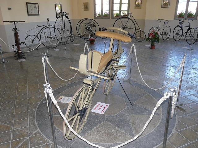 Exposition Arreau juillet 2016. de la draisienne à la bicyclette