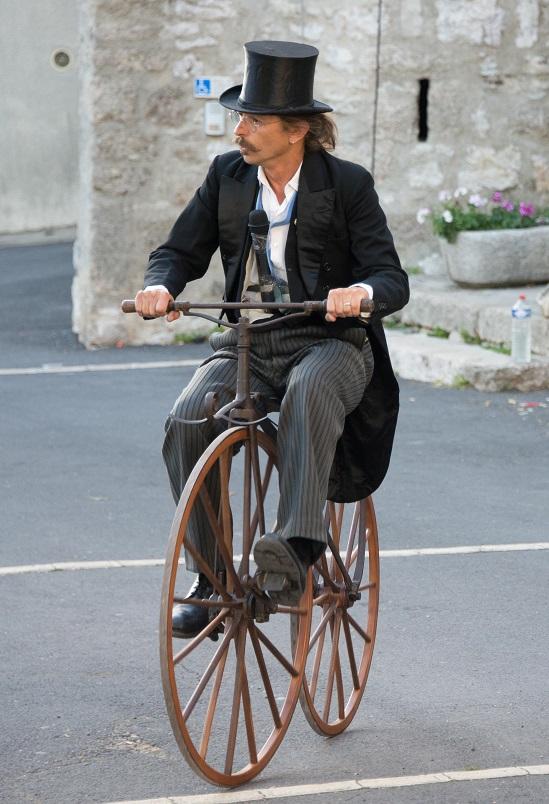L'invention de la pédale: le début de la vélocipédie