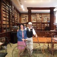 Mme Ducroquet, la directrice de la bibliothèque de St Omer
