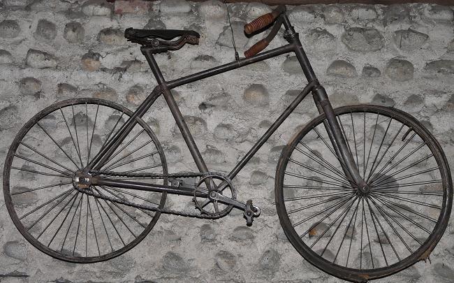 Ancienne Bicyclette histoire du vélo